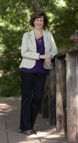 Photo of novelist Beth K. Vogt