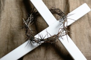 Crown of Thorns on a cross photo by Mike Rogal