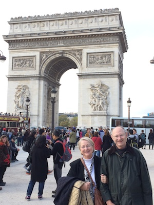 Elizabeth and John at l'Arc de Triomphe in Paris
